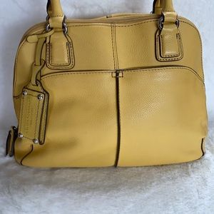 Tignanello Pebble Leather Yellow Shoulder VGUC